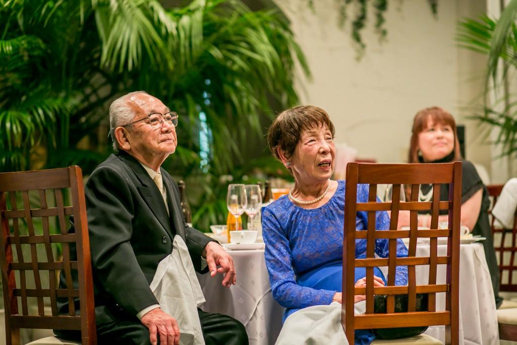 2015.0714結婚式写真笑顔おじいちゃんおばあちゃんカメラマン宗村岡山