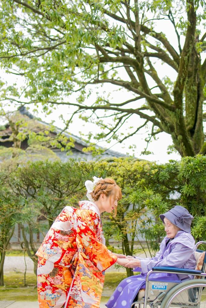 岡山倉敷で前撮り別撮りならNEMURAFILMS後楽園和装前撮り桜おばあちゃんと