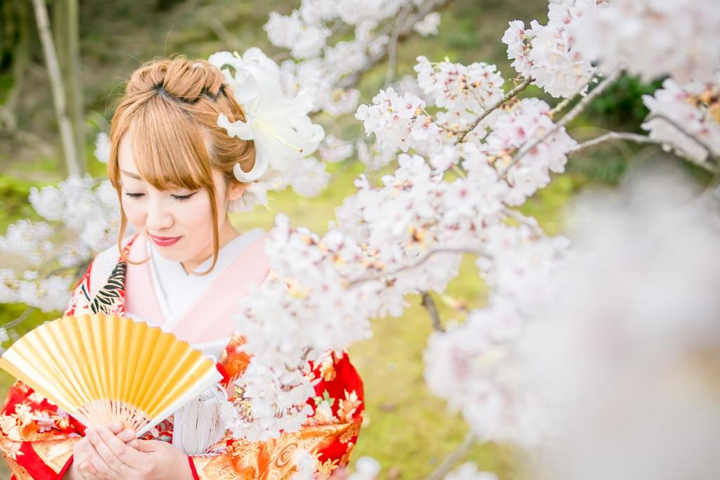 岡山倉敷で前撮り別撮りならNEMURAFILMS後楽園和装前撮り桜新婦さんソロ12