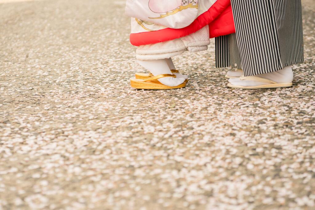 前撮り岡山フォトウエディング和装ロケ後楽園倉敷美観地区お得な桜前撮りキャンペーン和装2点でアルバムプレゼント料金アップなし2021年も岡山での前撮りはネムラフィルムズ衣装21maedoriinokayama234